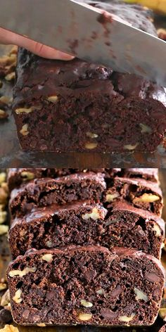 Best Chocolate Banana Bread [VIDEO] – Sweet and Savory Meals Chocolate Banana Bread is the best banana bread you will ever have! Incredibly tender, moist and flavorful, loaded with chocolate chips and crunchy walnuts! Chocolate Banana Bread, Best Banana Bread, Banana Bread Recipes, Chocolate Recipes, Chocolate Chips, Overripe Banana Recipes, Frozen Banana Recipes, Banana Walnut Cake, Banana Bread Brownies