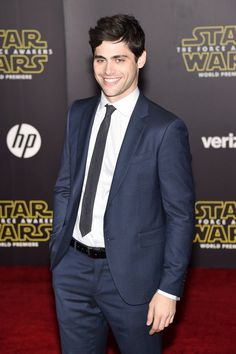 Matthew Daddario – Star Wars: The Force Awakens Premiere in Hollywood Matthew Daddario, Top Female Celebrities, Olivia Taylor Dudley, Anthony Michael Hall, Shadowhunters Cast, Alec Lightwood, Chloe Grace Moretz, Shadow Hunters, Best Actor