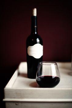 Wine and glass  Beso de Vino