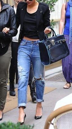#WholesaleBagClan.COM Dressed up boyfriend jeans.