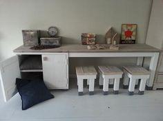 Bekijk de foto van noekwonen met als titel NOEK! kast en speeltafel. en andere inspirerende plaatjes op Welke.nl.