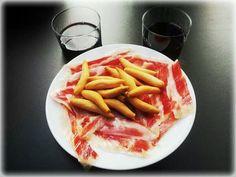 España sabe a jamón ibérico y vino tinto #saboreaespaña