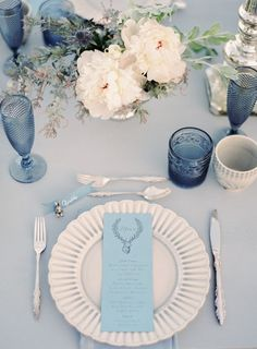 pale blue wedding centerpieces/ dusty blue wedding decorations/ navy blue wedding decorations