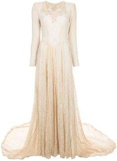 Vintage 1930's lace gown  #TuscanyAgriturismoGiratola