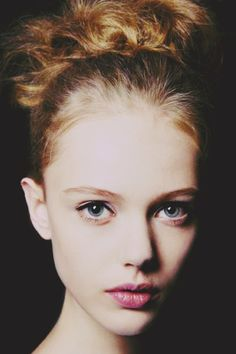 one of my favourite models right now, Frida Gustavsson Pretty People, Beautiful People, Beauty Make Up, Hair Beauty, Foto Face, Frida Gustavsson, To Infinity And Beyond, Beautiful Eyes, Naturally Beautiful