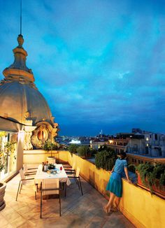 Private roof top dining in Rome.