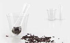Anastasia, infusiera di design per tè e tisane. Design infuser hand blown in borosilicate glass. Design by Sara Guasticchi. Ti consigliamo di ascoltare: Rosenberg Trio, For sephora