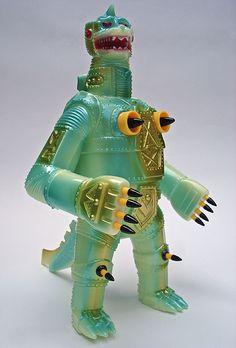 This is an interesting model of Mechagodzilla!