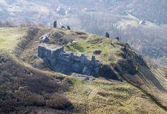 TÖRTÉNELMI KALEIDOSZKÓP...: Csobánc vára / Folytatáshoz kattints a posztra Hungary, Castles, Water, Travel, Outdoor, Gripe Water, Outdoors, Viajes, Chateaus