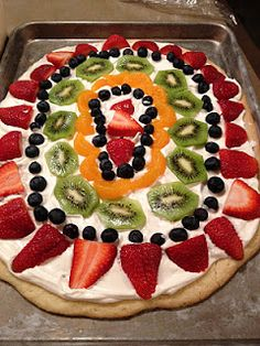 Fruit Pizza, love this yummy treat