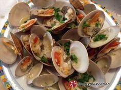 Αχνιστές γυαλιστερές #sintagespareas #gialisteres Greek Recipes, Fish And Seafood, Burritos, Food Processor Recipes, Good Food, Food And Drink, Mexican, Greek Beauty, Hot
