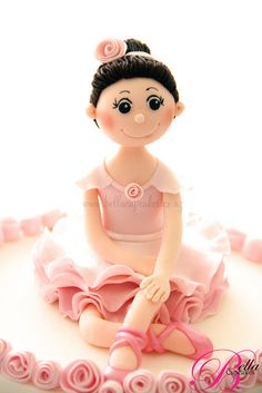 Love this ballerina topper she made for her daughter's birthday.