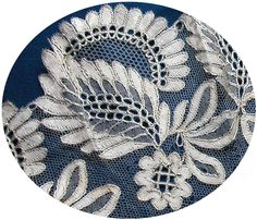 Michel Bouvot Types Of Hands, Bobbin Lacemaking, Point Lace, Cut Work, Lace Making, Macrame, Textiles, Antiques, How To Make