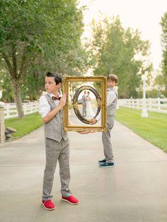 Get the junior groomsmen in on the #wedding day photos!
