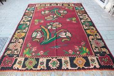 Vintage kilim,Turkish kilim,Flawor kilim,Beautiful Vivid color.Red color kilim. #Floral