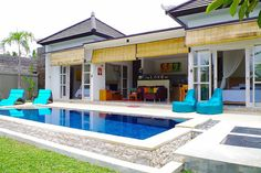 in Ubud, ID. Discription. Ratna Villa is privately owned villa retreat, located in the village of Penestanan, just 15-20 minutes walking, from central Ubud, and a scenic 80 minute drive from airport in Denpasar.