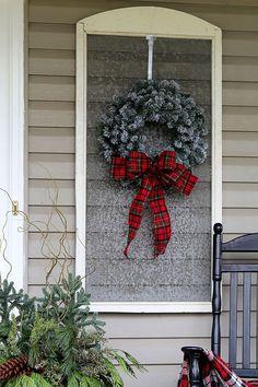 White Christmas Lights, Christmas Porch, Farmhouse Christmas Decor, Country Christmas, Christmas Holidays, Christmas Wreaths, Christmas Crafts, Cowboy Christmas, Christmas Goodies