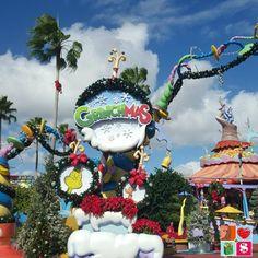 Why You Should Celebrate The Holidays at Universal Orlando #Holidays #Christmas #Orlando sp