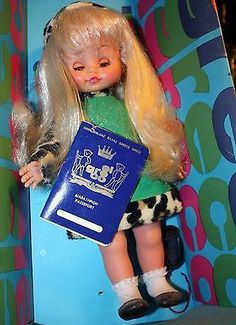 Vintage hard plastic doll late by EL GRECO Plastic Doll, Vintage Dolls, Carnival, El Greco, Antique Dolls
