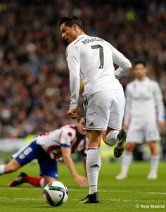 Cristiano Ronaldo of Real Madrid in action during the Copa del Rey round of 16 second leg match between Real Madrid and Atletico de Madrid at Estadio Santiago Bernabeu on January 15, 2015 in Madrid, Spain.