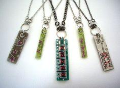 http://1.bp.blogspot.com/_jxrI54umwVM/TGu--_48eAI/AAAAAAAAAB4/LwxPWOoMvyE/s1600/eSD_PCB_necklaces.jpg