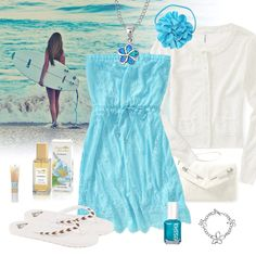 Such a cute outfit especially for the beach! :)