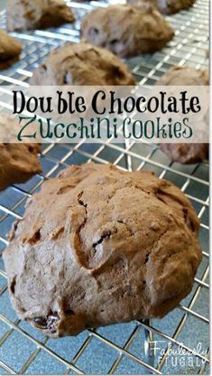 These Double Chocolate Zucchini cookies are a soft, moist cookie that will solve any chocolate craving!olate Chip Zucchini Cookies - sub wheat and egg Zucchini Cookie Recipes, Chocolate Zucchini Cookies, Cocoa Cookies, Yummy Cookies, Delicious Desserts, Yummy Food, Yummy Yummy, Tasty, Cinco De Mayo