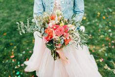 Aranjamente Florale pentru Nunti, buchete, decorațiuni. Calitate și creativitate pentru nunți și botezuri minunate! Suna-ma chiar acum! Floral Wedding, Wedding Flowers, Ranunculus, Table Decorations, Boho, Design, Ideas, Persian Buttercup
