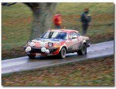 Per Eklund / Hans Sylvan , Triumph , 1980 Lombard RAC Rally , Blenheim Palace Stage. Blenheim Palace, Vintage Race Car, Rally Car, Scale Models, Peugeot, Race Cars, Automobile, British Car, 1970s