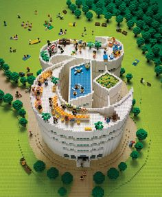 "An amazing ""New York Times"" themed building for a cover of their magazine. / By LEGO artist Sachiko Akinaga."