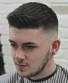 for men who are passionate about haircuts Popular Mens Hairstyles, Funky Hairstyles, Hairstyles Haircuts, Cool Haircuts, Haircuts For Men, Mens Hairstyle Images, Men's Hairstyle, Beard Haircut, Cat Haircut