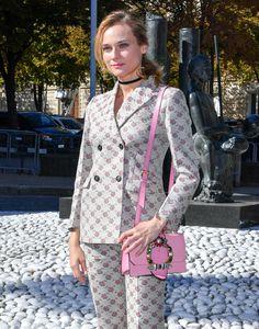 Diane Kruger carries a Miu Miu Madras bag during Paris Fashion Week. bag, сумки модные брендовые, bags lovers, http://bags-lovers.livejournal