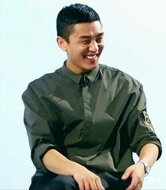 Korean Guys, Korean Idols, Movie Talk, Yoo Ah In, Asian Actors, A Good Man, Actors & Actresses, Writer, Menswear
