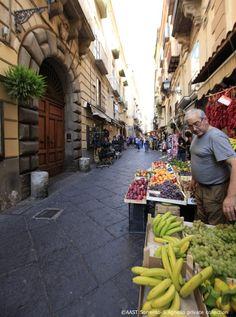 #Sorrento #holidays - wandering around the back street markets