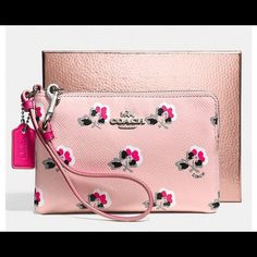 """HP!!! 9/22/15 -NWT Floral Coach Wristlet- HTF!! HOST PICK!! For 9/22/15 Pretty, Flirty & Girly Party- NWT Coach floral wristlet- 6 1/2"""" in length & 4 1/2"""" in height- gorgeous!!!!! Hard To Find!!- SOLD OUT!! Coach Bags"""