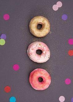 DIY-Anleitung: Marmorierte Donuts backen via DaWanda.com