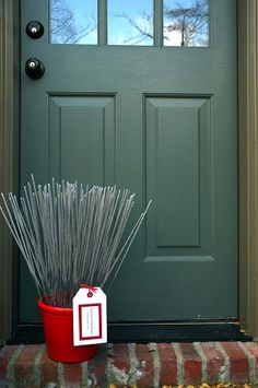 Creative Idea: red pot_door_id-F739.jpg