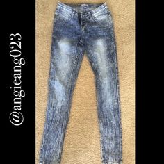 BONGO Long Skinny Jeans Like new! Size 3 BONGO Jeans Skinny