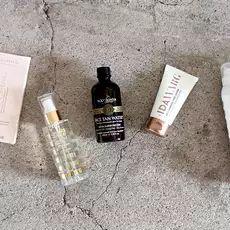 Itseruskettavatipat tuovat luonnollisen sävyn kasvoille – näin käytät niitä - MyStyle - Ilta-Sanomat Personal Care, Bottle, My Style, Self Care, Personal Hygiene, Flask, Jars