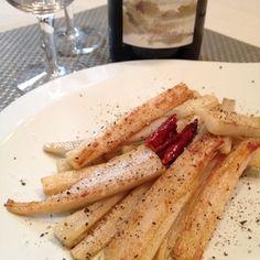 れんこんぺぺ〜蓮根ペペロンチーノ+by+イェジンさん+|+レシピブログ+-+料理ブログのレシピ満載! とてもシンプルで簡単な分、蓮根の美味しさが際立ちます。 おつまみのようで、でも「蓮根のイタリアンきんぴら」のような ごはんにも合うお惣菜です。