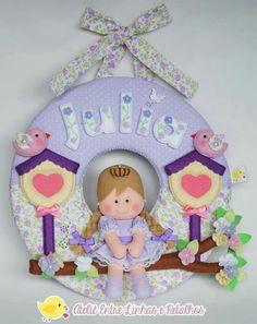 Linda Baby Shower Crafts, Baby Crafts, Felt Crafts, Diy And Crafts, Felt Wreath, Spring Theme, Name Banners, Embroidery Hoop Art, Felt Dolls
