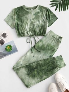 A site with wide selection of trendy fashion style women's clothing, especially swimwear in all kinds which costs at an affordable price. Cute Clothes For Women, Girls Fashion Clothes, Teen Fashion Outfits, Outfits For Teens, Fall Outfits, Fall Clothes, Trendy Fashion, Outfit Winter, Outfit Summer