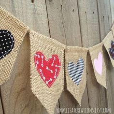 Hearts Burlap Bunting Banner / Valentine's Day Decoration (on Etsy) Burlap Bunting, Bunting Garland, Valentines Day Decorations, Valentine Day Crafts, Burlap Crafts, Diy Crafts, Diy Banner, Sewing Projects, Arts And Crafts
