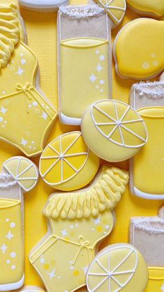 Lemonade cocktail cookies! Create your own stunning royal icing cookies with this 3D printed cookie cutter. Lemonade Cocktail, Royal Icing Cookies, Custom Cookies, Amazing Cakes, Cookie Decorating, Safe Food, Cookie Cutters, Best Gifts, Royal King