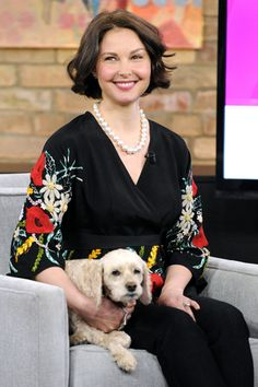 Ashley Judd brings her dog Buttermilk to promote Missing