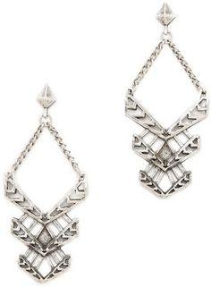 Silver, swinging chandelier earrings. #15things #earrings #silver #Feliks #adrik