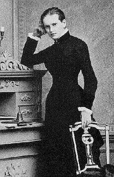 Lou Andreas Salome - A Russian born psychoanalyst & author. Muse of Freud, Nietzsche & Rilke