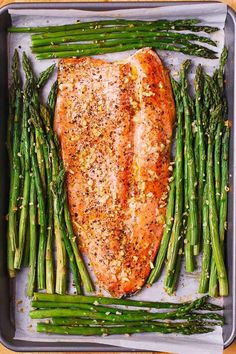 Lemon Pepper Garlic Rainbow Trout and Asparagus baked on a sheet pan in the oven. Healthy, low-carb, gluten free, keto-friendly recipe, packed with healthy omega 3 fatty acids. Easy and quick - only 30 minutes from start to finish! Rainbow Trout Recipe Baked, Rainbow Trout Recipes, Baked Trout, Grilled Trout, Trout Fillet Recipes, Salmon Recipes, Baked Asparagus, Baked Garlic, Fish Recipes Lemon Pepper