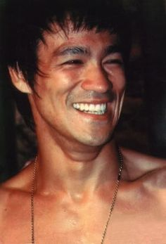 Bruce Lee....................... great teeth