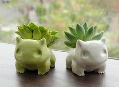 esswishlist: 35. Bulbasaur Flowerpot (Succulent Monsters) x7r found them! :) you can buy these from here or there is a 3D print version